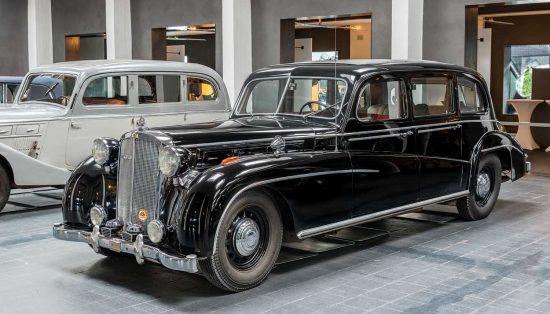 Maybach SW 38 Pullman-Limousine, 1939/1950, Karosserie: Spohn: Maybach Car Museum | Museum für historische Maybach-Fahrzeuge, Neumarkt, Germany [2018]<br>Lat: 49.273471N, Long: 11.460173E Copyright © Kristian Adolfsson / www.adolfsson.photo